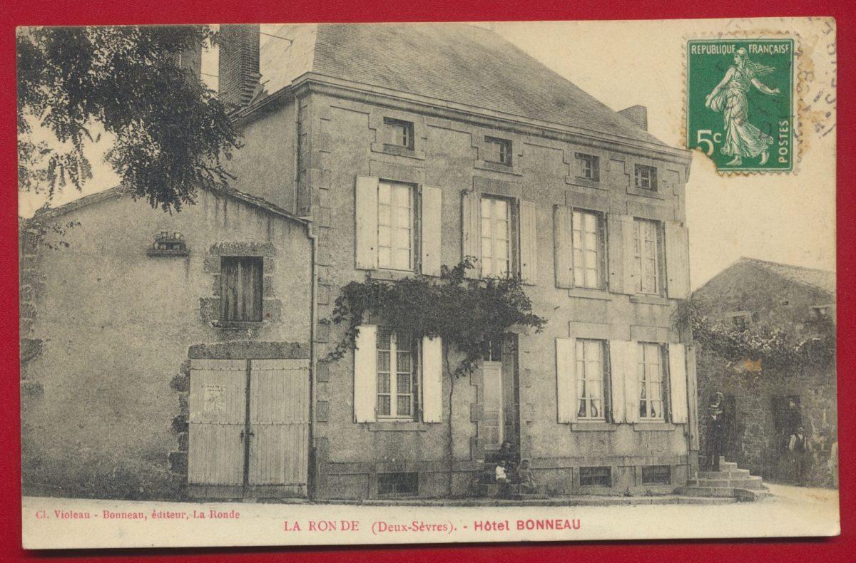 CPA LA RON DE HÔTEL BONNEAU