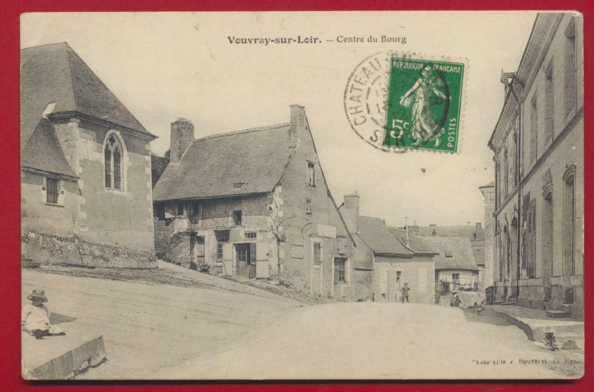 CPA Vouvray sur Loir centre du Bourg