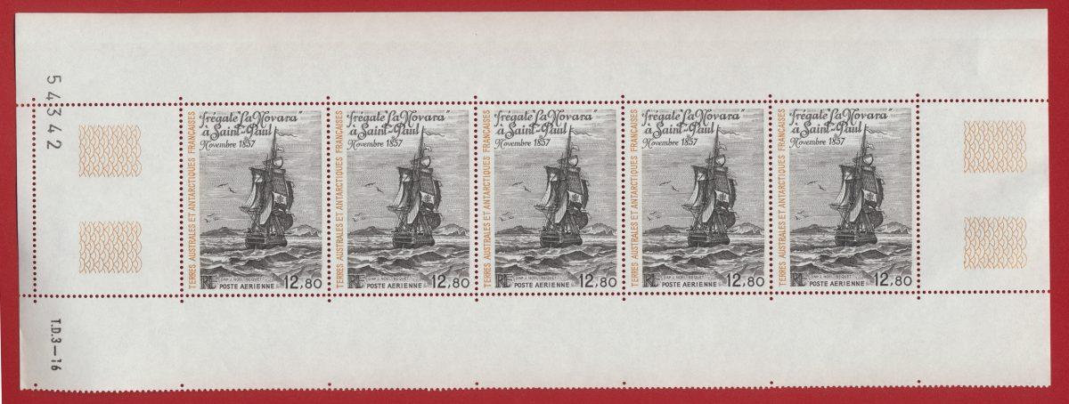 bande timbres taaf terres australes et antarctiques françaises fregate la novara poste aerienne