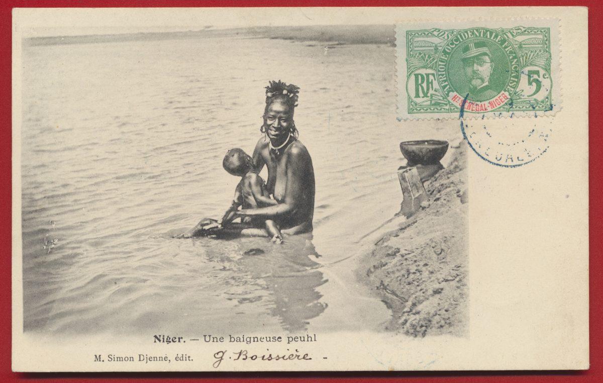 CPA Niger une baigneuse peuhl
