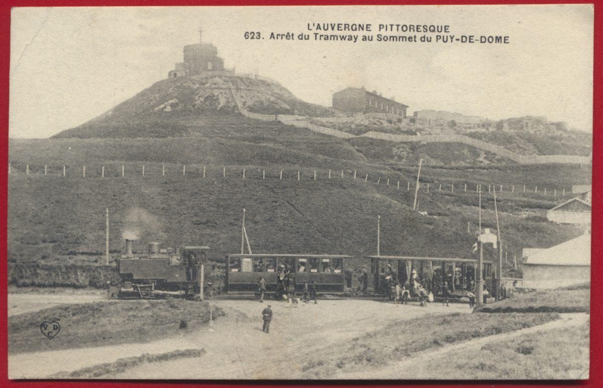 cpa-arret-du-tramways-au-sommet-du-puy-de-dome