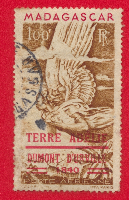 taaf-terres-australes-et-antartiques-terre-adelie-dumont-d-urville-1840-poste-aerienne-madagascar