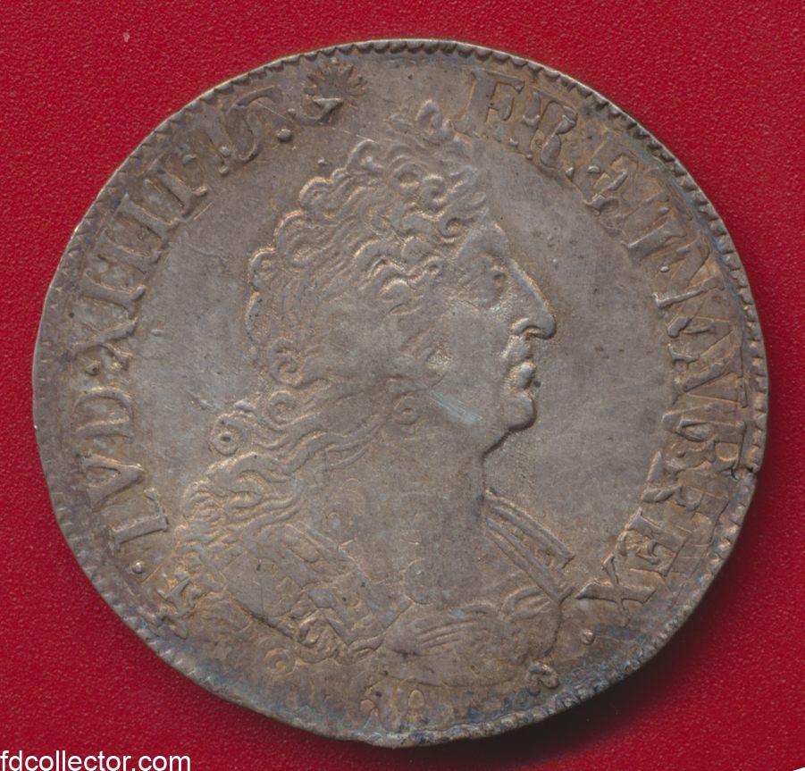 louis-xiiii-d-g-fr-et-nav-rex-1695-9-rennes-demi-ecu-aux-palmes
