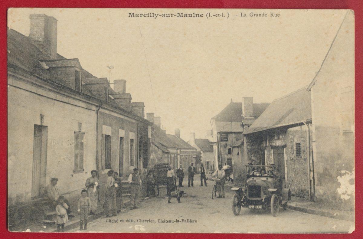 cpa-marcilly-sur-maulne-indre-et-loire-la-grande-rue