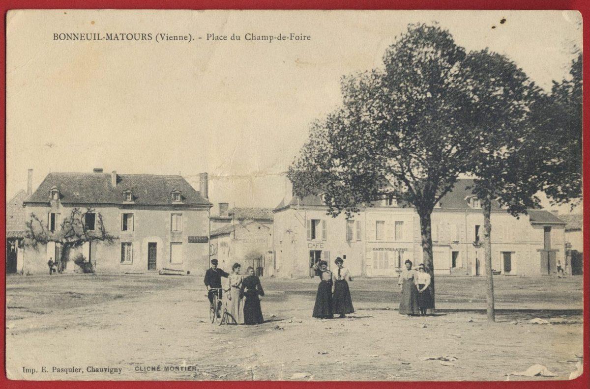 cpa-bonneuil-matours-vienne-place-champ-foire