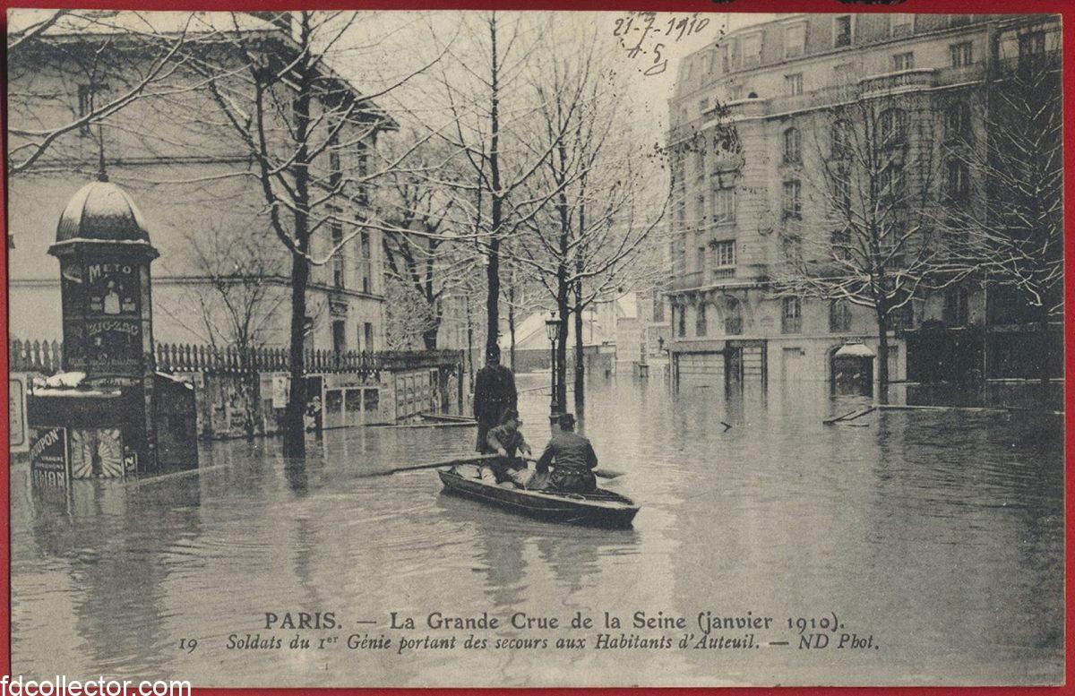 cpa-grande-crue-seine-paris-janvier-1910-hall-soldats-genie-secours-habitants-auteuil