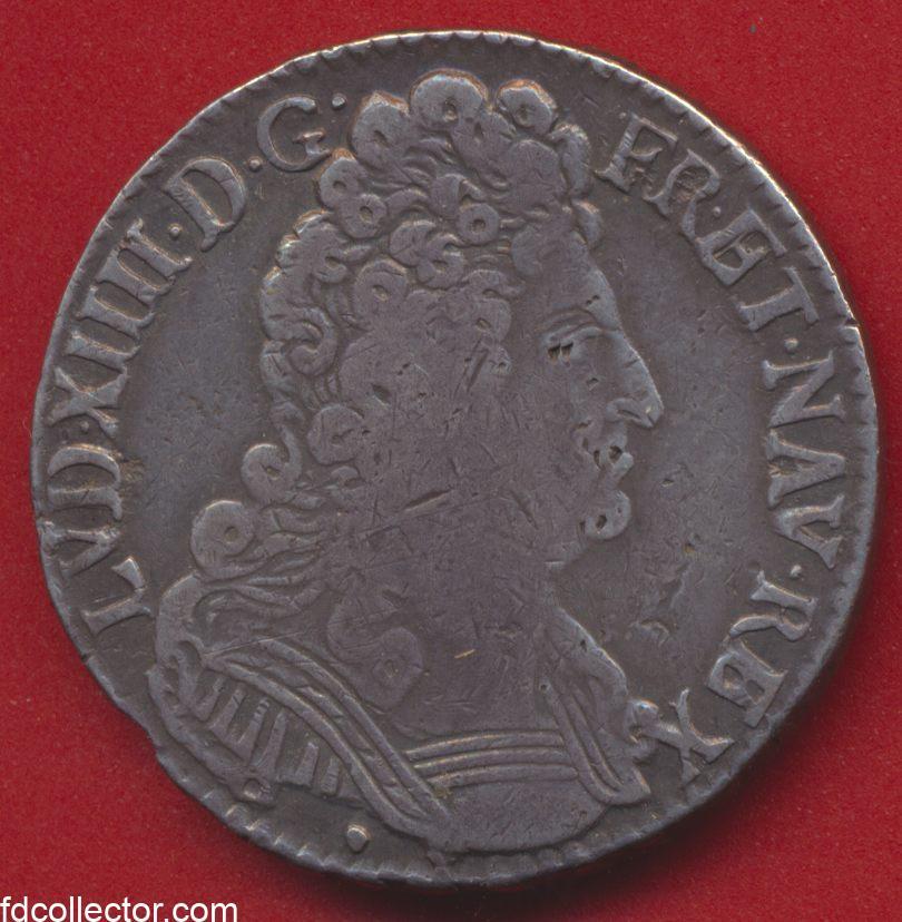 louis-xiv-demi-ecu-trois-couronnes-1710-aix-avers