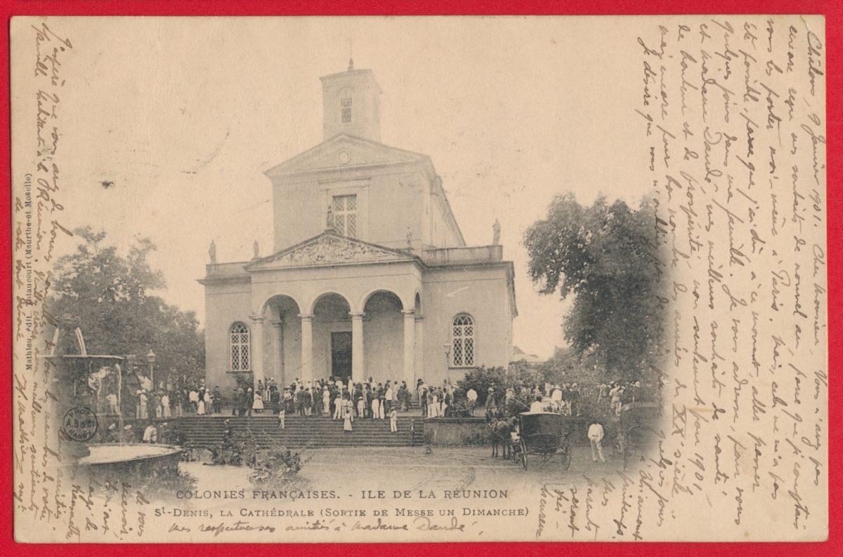 cpa-colonies-francaises-ile-reunion-saint-denis-cathedrale-sortie-messe-dimanche