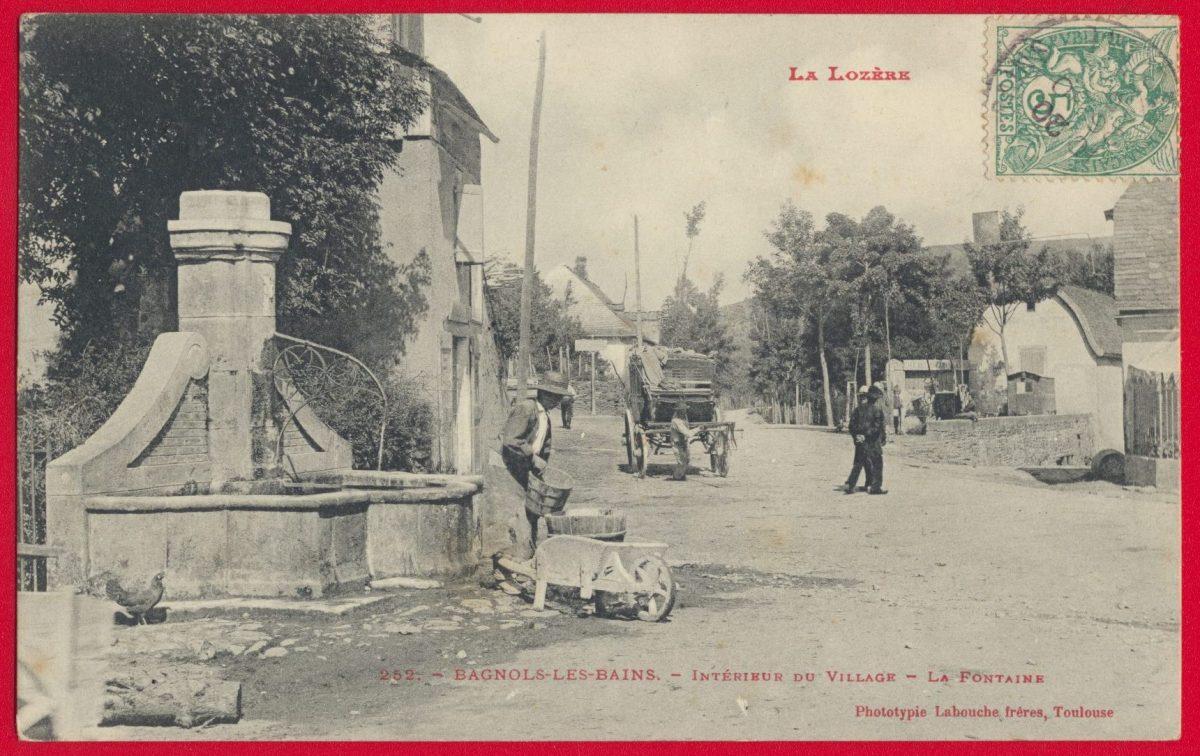 cpa-bagnols-bains-interieur-village-fontaine