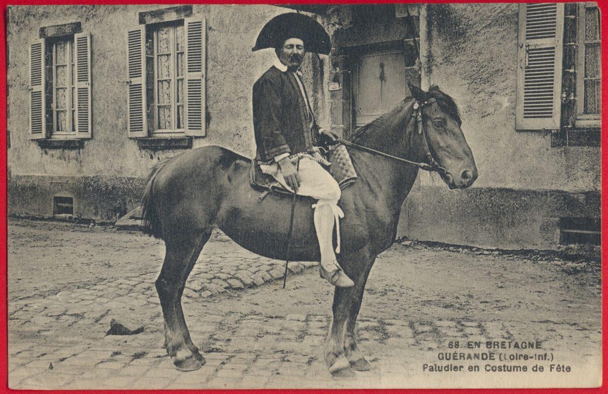 cpa-guerande-bretagne-paludier-costume-fete-cheval