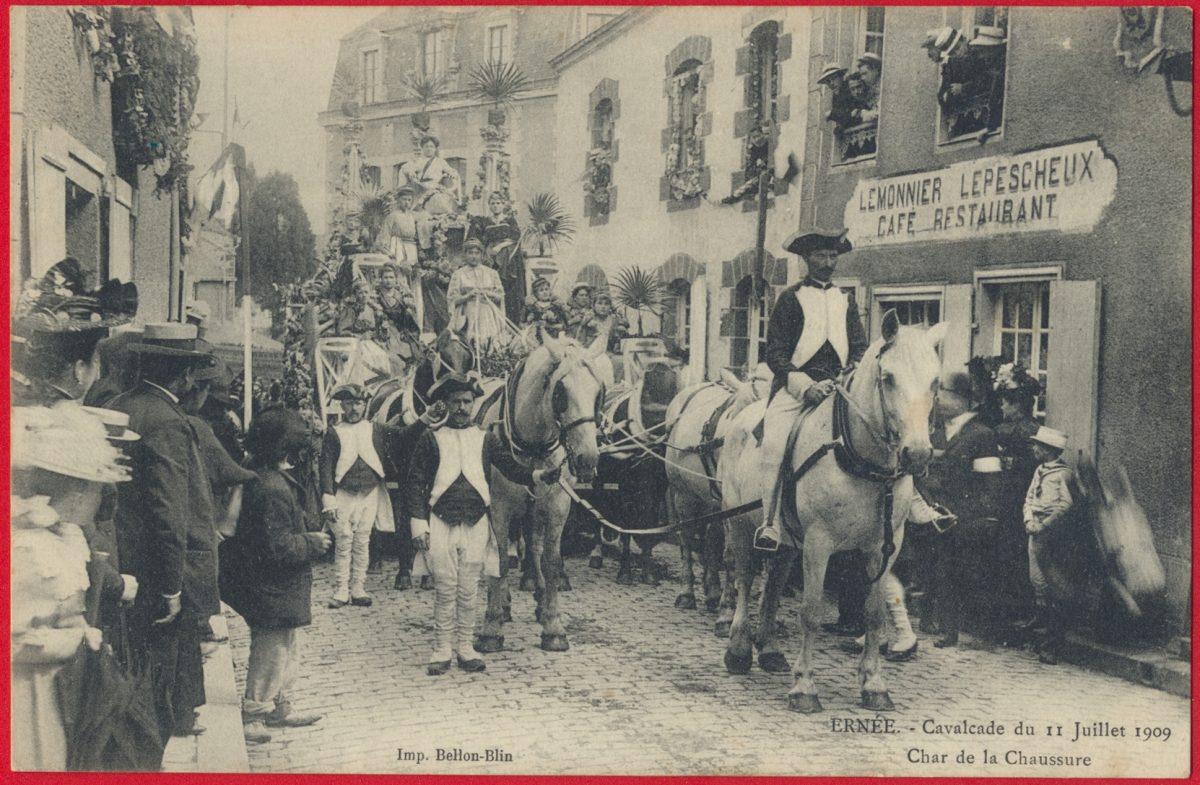 cpa-ernee-cavalcade-11-juillet-1909-char-chaussure-lemonnier-lepescheux
