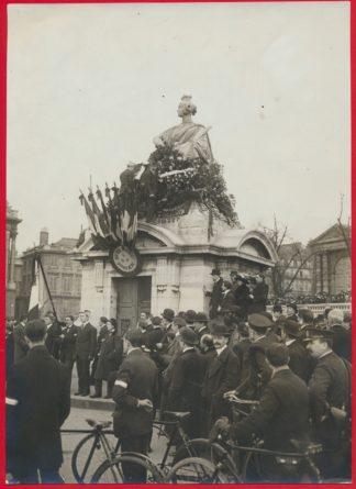 photo-ligue-patriotes-paris-statue-strasbourg-concorde-place-9-mars-1913