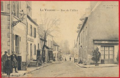 la-veudre-rue-allier-cafe-commerce