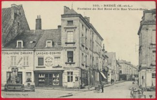 cpa-bauge-fontaine-roi-rue-victor-hugo