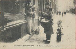 cpa-greve-postiers-soldat-distribuant-lettres